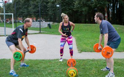 De 'oudste' deelnemers van Sporten Voor je Deur, Henk en Cathrien!