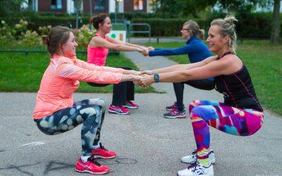 Wat er zo leuk is aan Sporten voor je Deur? Deelneemster Stefanie vertelt!